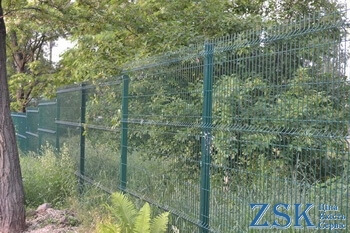 Mesh fence in the forest