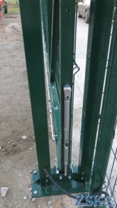 Lock for sliding gates
