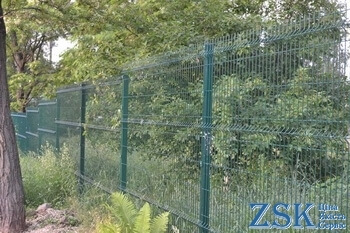 Fences 5mm Sections Classic 5mm 2.03x2.5m polymeric coated mesh fences. Sectional fences - high quality technology. Fence 3D from the manufacturer at the ZSK warehouse. Classic series with polymer coating - fence mesh price Ukraine