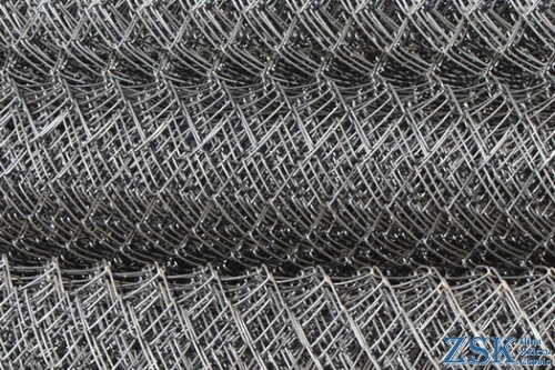 buy a netting for a fence - a fence netting price 50x50x1.6mm ➤ High quality, made of galvanized wire with a mesh of 35x35 and 50x50mm. Custom order 50x50x3. ➤ mesh fence chain-link production Ukraine, warehouse Kiev ZSK