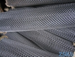 mesh netting for fencing - fencing made of mesh netting ➤ 35x35x1.6mm ➤ High quality, made of galvanized wire with mesh 35x35 and 50x50mm. Custom order 50x50x3. ➤ chain-link fences made in Ukraine, warehouse Kiev ZSK
