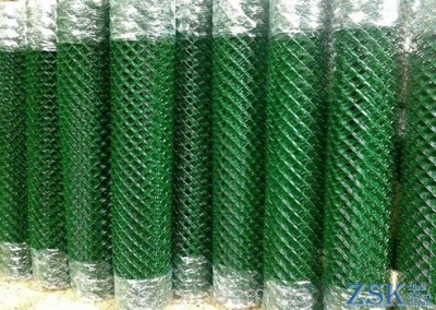 Grid chain-link green